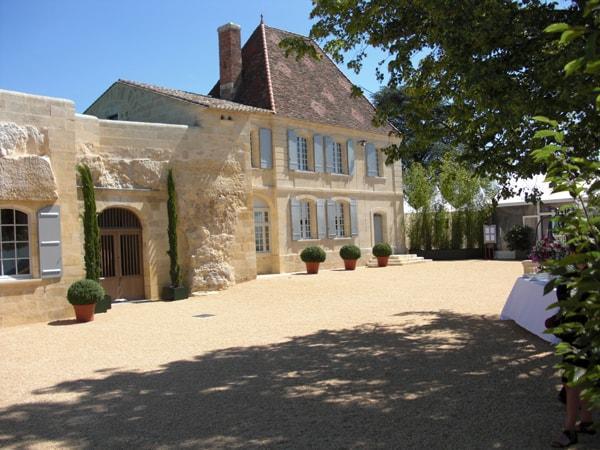 Chateau-Belair-Monange